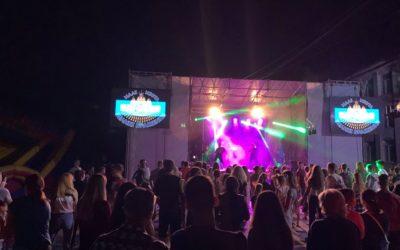 Як у Пустомитах пройшов фестиваль «Кольорове місто»