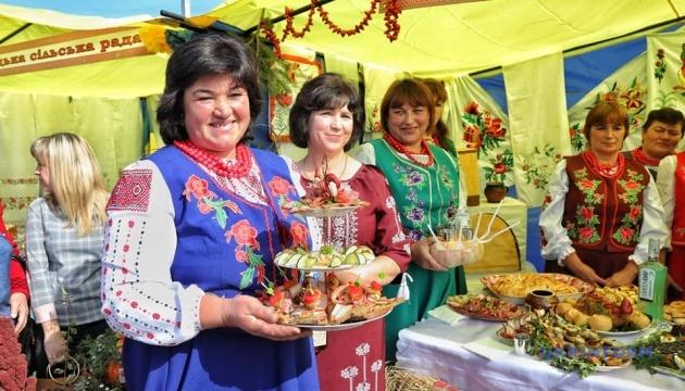 """Громада на Одещині відроджує славу """"ковбасного"""" місця"""